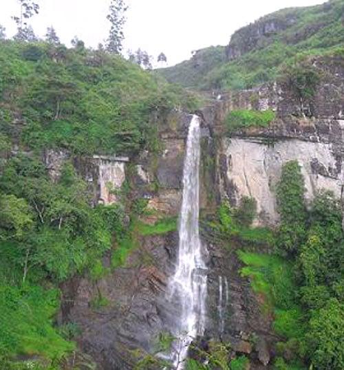 Ramboda falls - Sri Lanka Travel Triangle